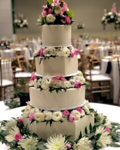 cedar rapids wedding cake