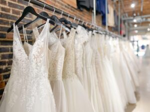 dubuque bridal shop