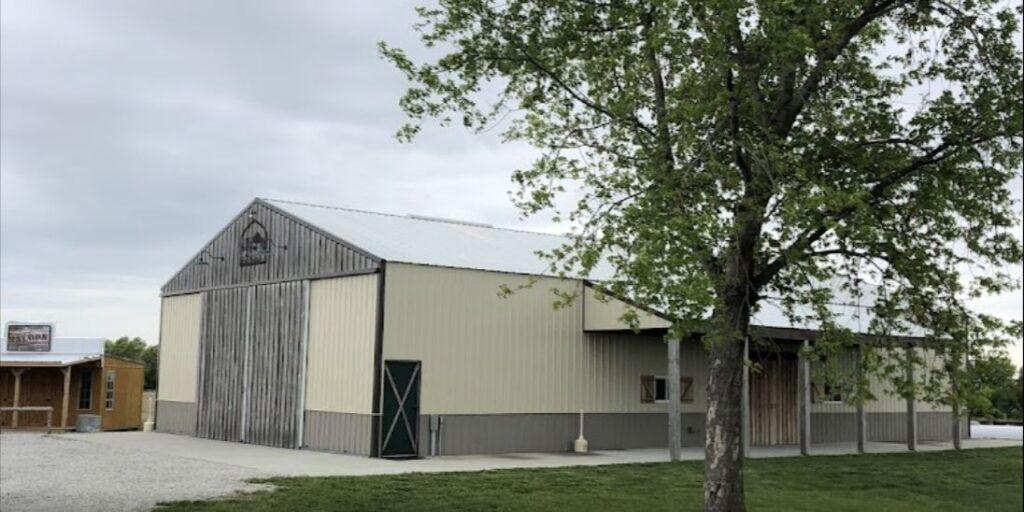 barn at kent farms iowa barn wedding venues