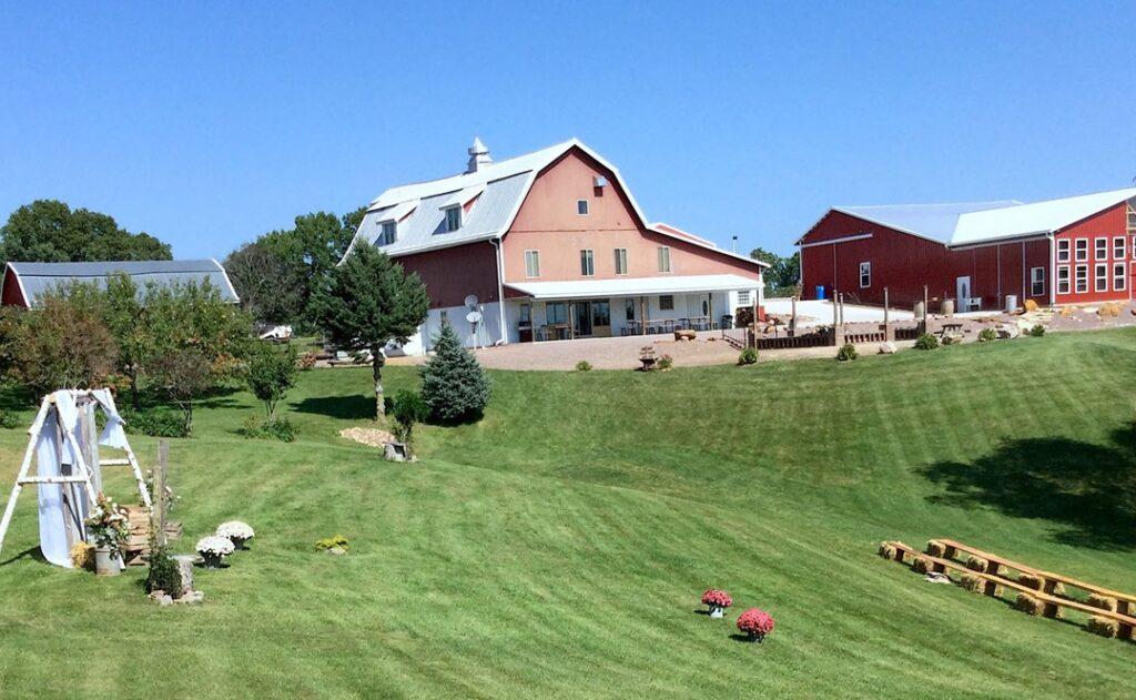 monarch valley weddings and events wisconsin barn wedding venue