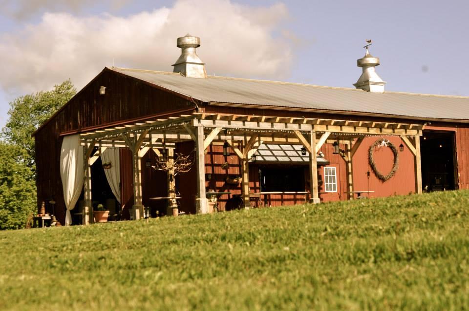 on twin lakes wisconsin barn wedding venue