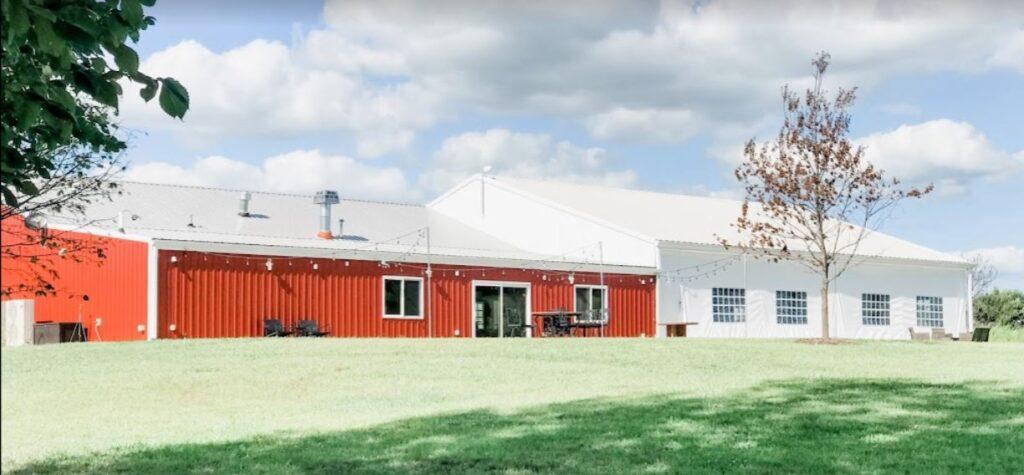 red barn at pine creek ranch iowa barn wedding venues