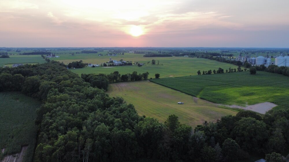 the barn at sunset acres wisconsin barn wedding venue