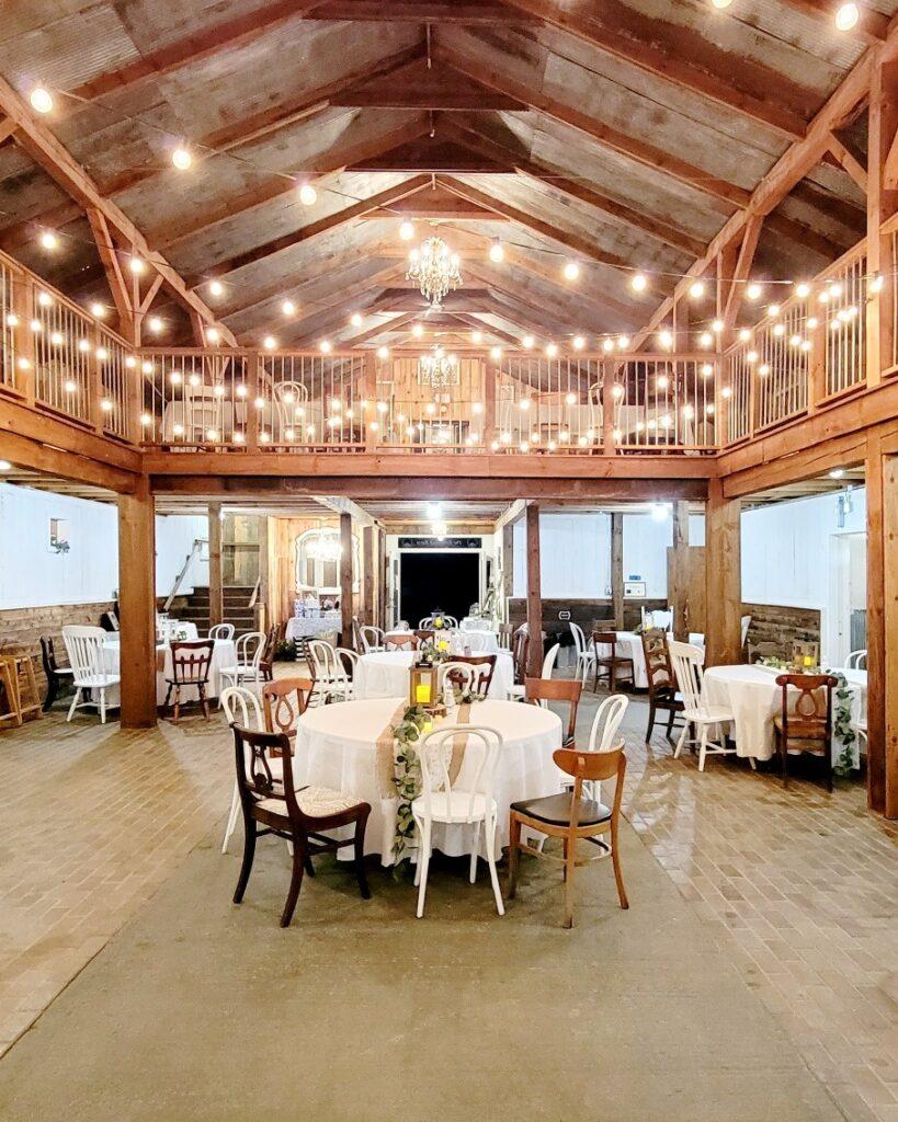 the rosewood barn wisconsin barn wedding venue