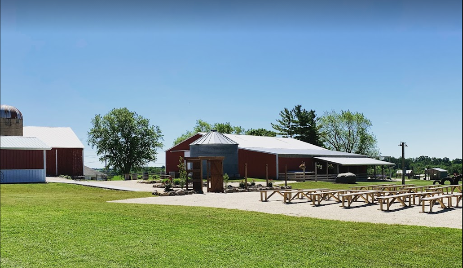 zedland farm wisconsin barn wedding venue