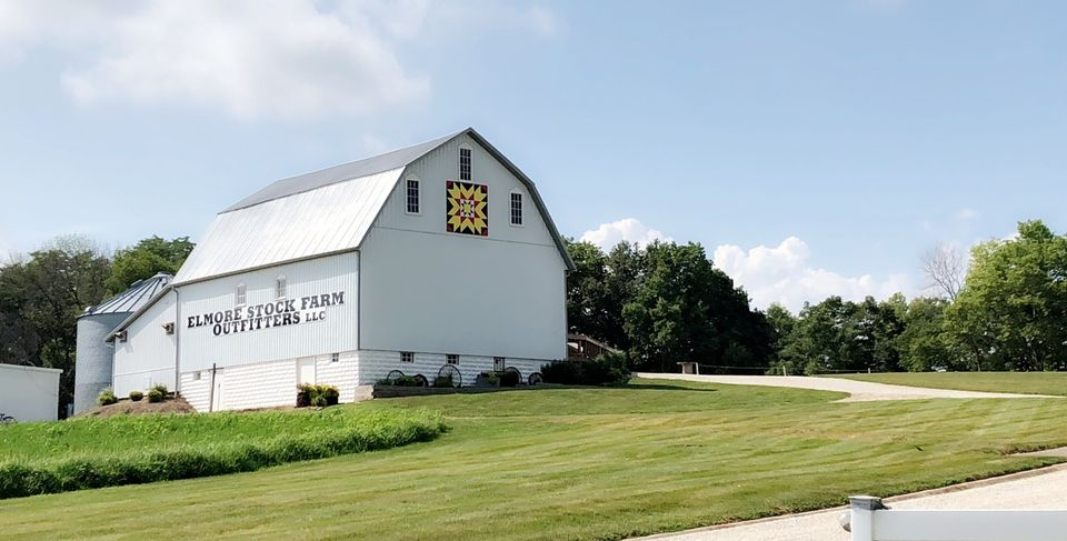 Elmore Stock Farm Barn illinois barn wedding venues