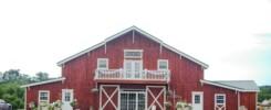 bessie's barn iowa barn wedding venue